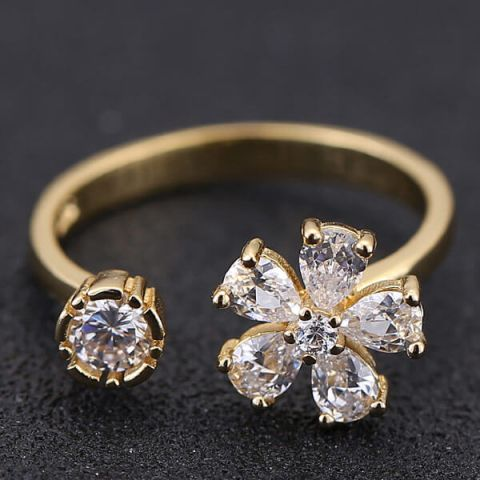 Gold Diamond Sweet Flower Ring