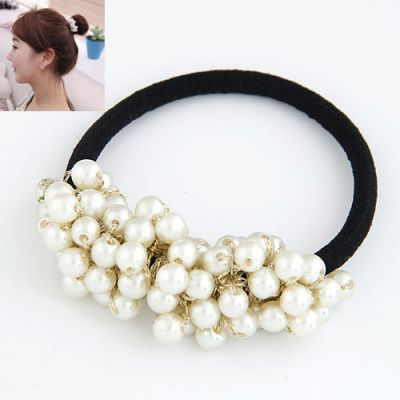 Cluster white pearl beaded rubber band
