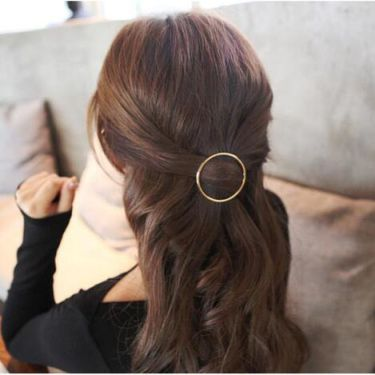 Hollow circular-shaped gold alloy hairpin