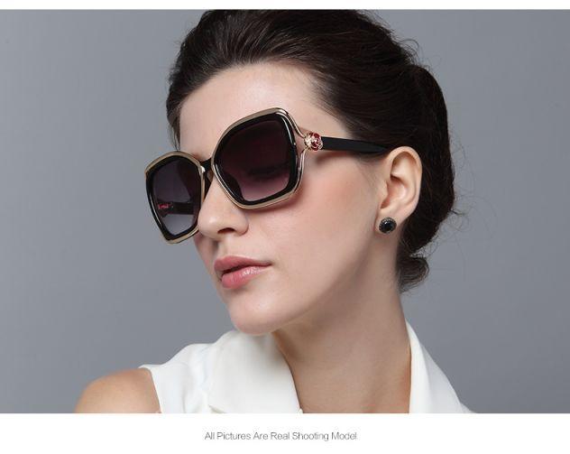 Retro Fashion Sunglasses(gold outside black inside)