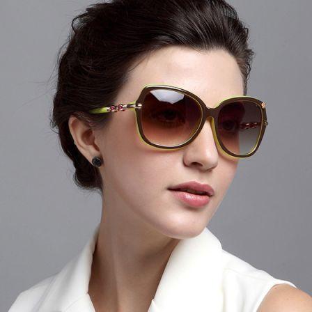 Retro Fashion Sunglasses(brown outside yellow inside)