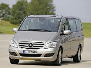 Mercedes Viano on asphalt
