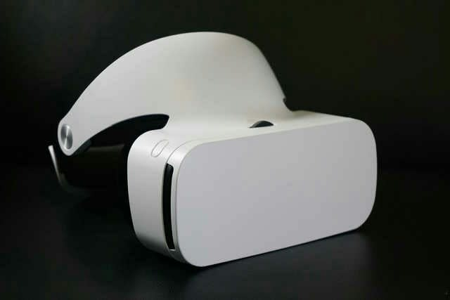 Xiaomi Mi VR Headset In depth Review | Is It Worth to Buy? |