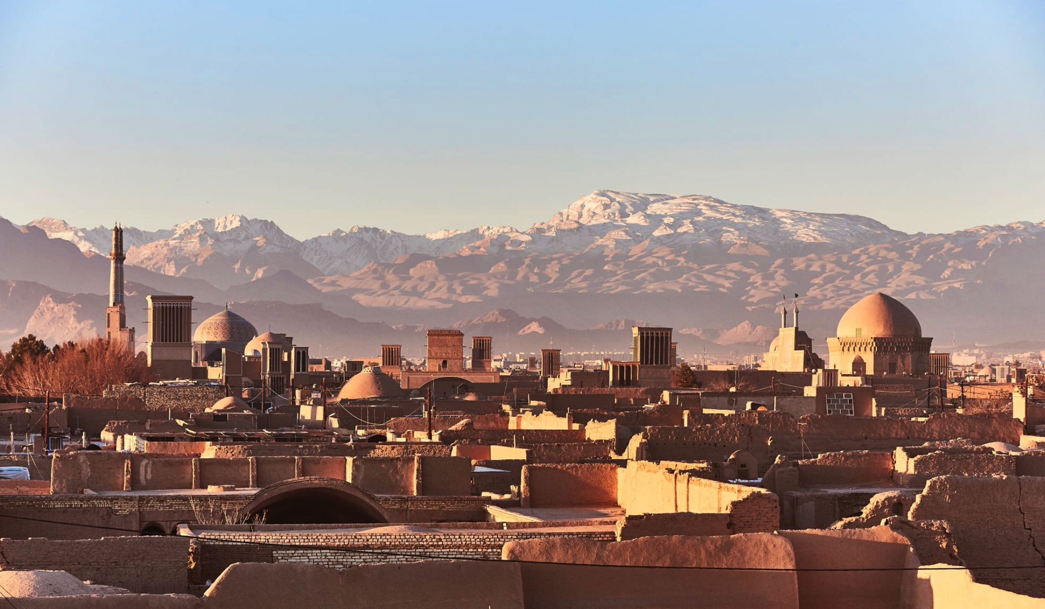 yazd view with badgers and wind towers pictures