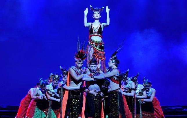 vietnamese lotus dance