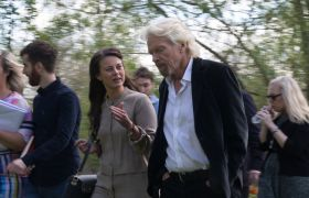 Richard Branson walking meeting with Virgin StartUp