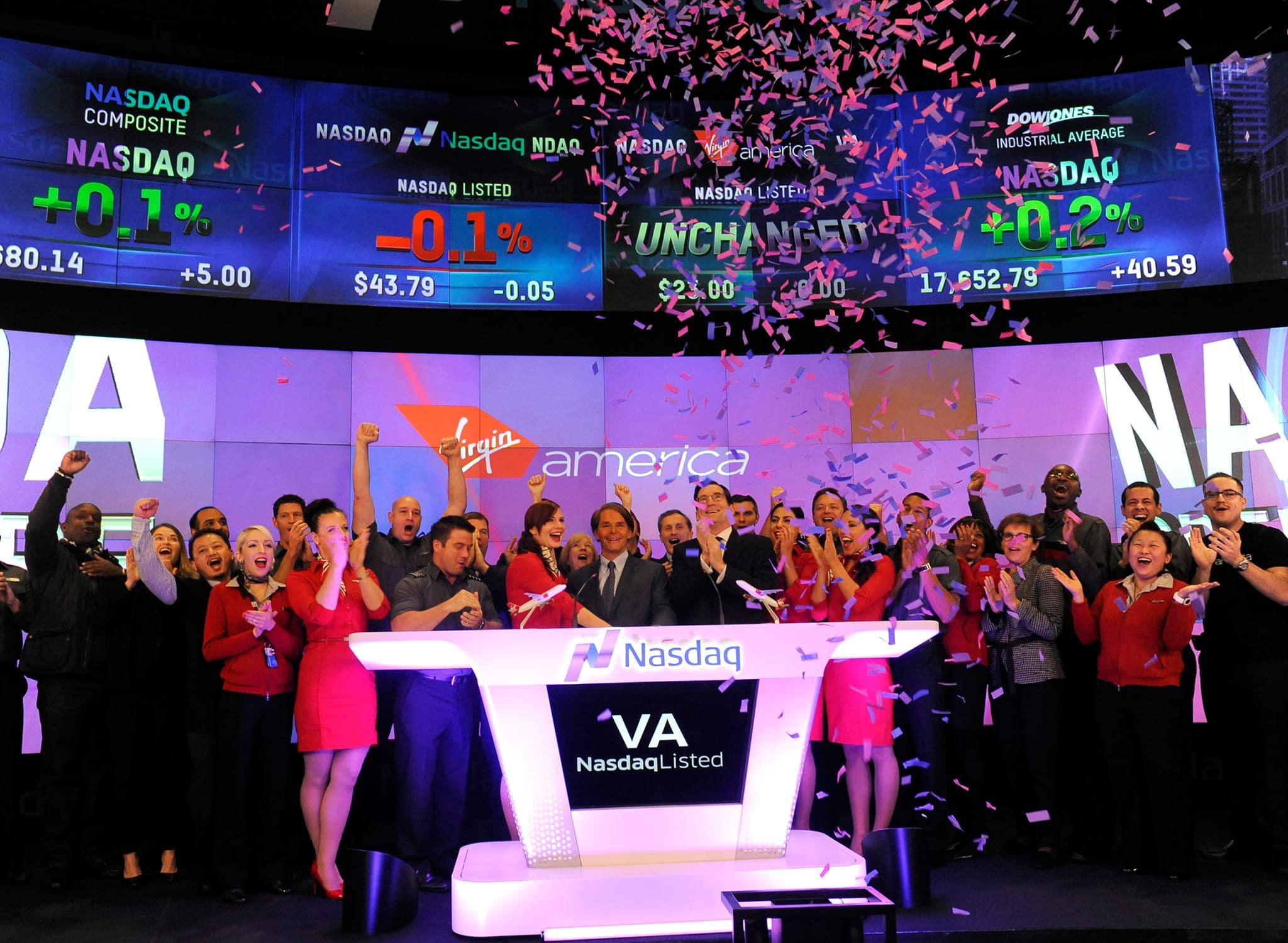 An image of the Virgin America team when listing on the stock exchange