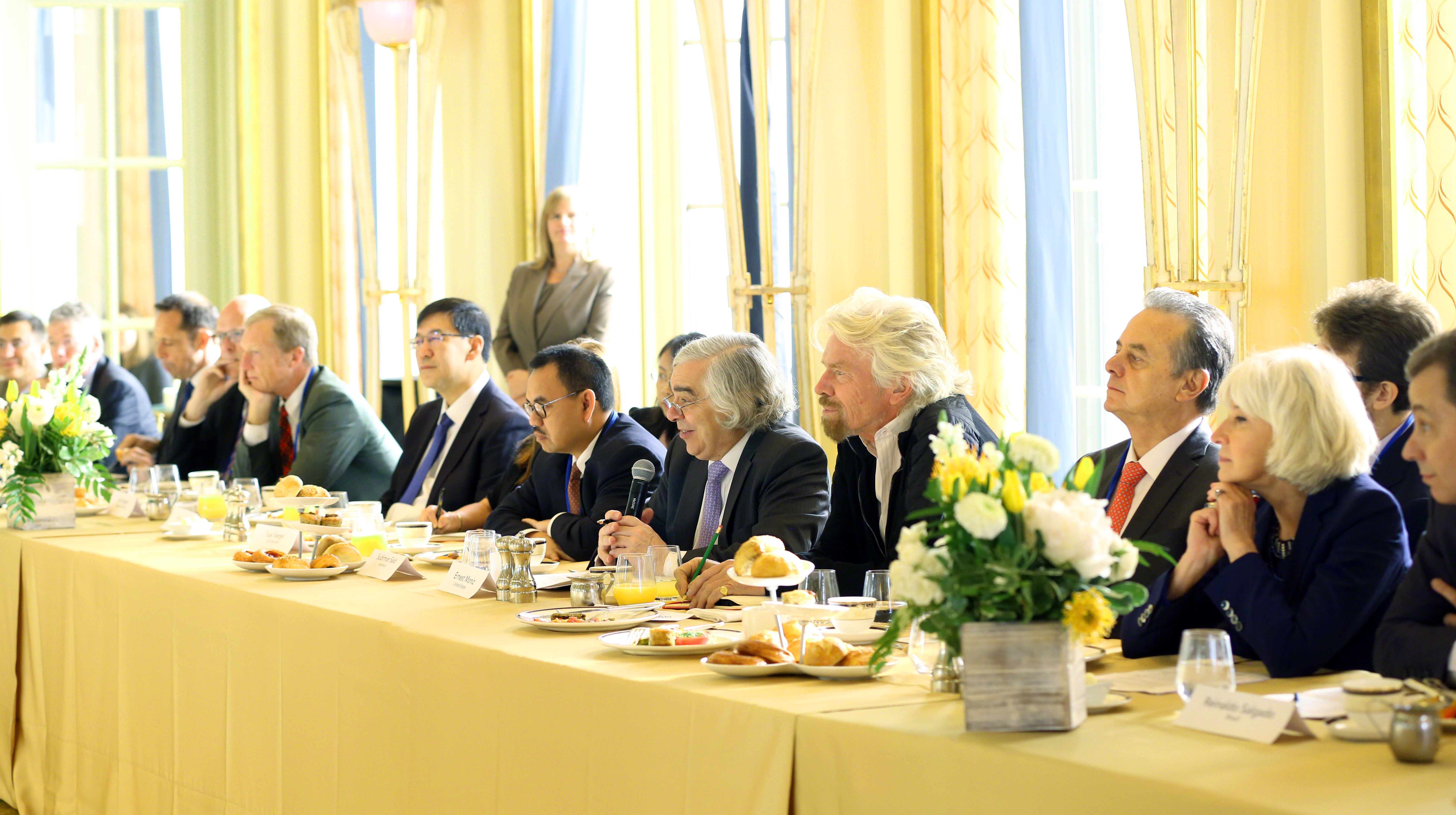 Richard Branson at Mission Innovation clean energy breakfast