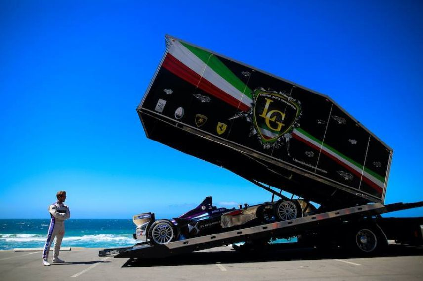 DS VIrgin Racing prepare for Long Beach ePrix
