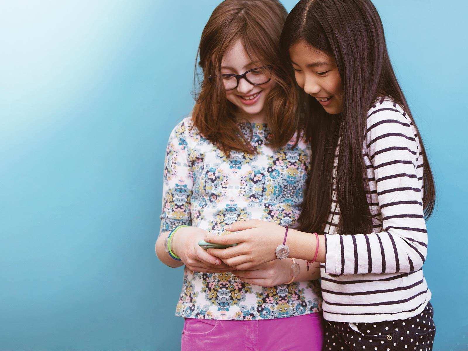 Teaching girls to code with a bracelet | Virgin