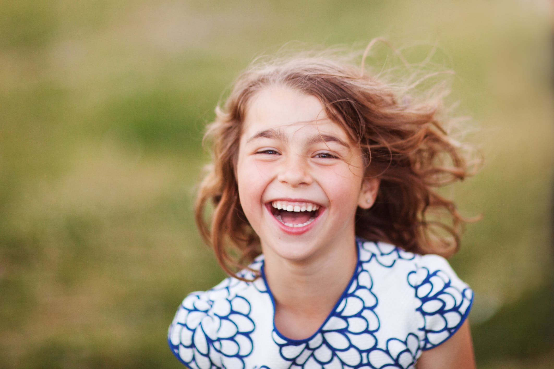 the phenomenon of contagious smiling How to find motivation to smile  this is the case as smiling has been shown to be contagious in the occurrence of a phenomenon known solely as health.