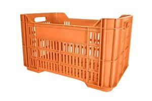 Caja de tipo agrícola estilo Andrea con plástico reciclado de polietileno con capacidad de 30 kilogramos y medidas de 52.5x34cm