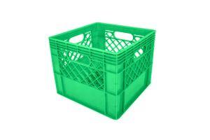 Caja de tipo agrícola estilo lechera con plástico reciclado de polietileno con capacidad de 20 kilogramos/ 16 litros y medidas de 34x34cm