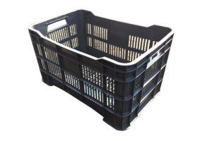Caja de tipo agrícola estilo walterino calada con plástico reciclado de polietileno con capacidad de 25 kilogramos y medidas de 51x33cm