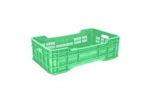Caja de tipo agrícola con plástico reciclado, mediana calada de polietileno con capacidad de 25 kilogramos, apilable y con medidas de 73x43cm