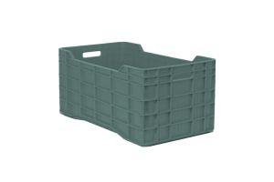 Caja de tipo agrícola con plástico reciclado, calada de polietileno con capacidad de 60 kilogramos, apilable y con medidas 71x39.5cm