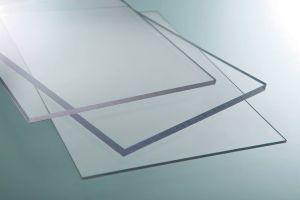 Lámina de Policarbonato Solido transparente de 3 mm  1.22  X 2.44 mt