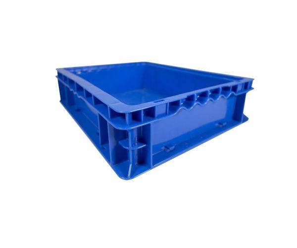 Caja de tipo industrial con diseño tier one de polietileno con capacidad de 15 kilogramos 14