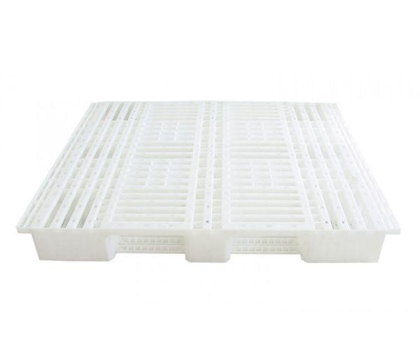 ✅ Tarima de plástico de tipo industrial  con capacidad de 1250 y 900 kilogramos, apilable 130x110cm