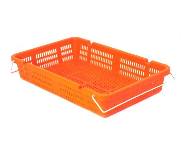Caja de tipo agrícola de plástico con asas con capacidad de 15 kilogramos