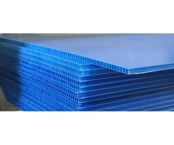 ✅ Placa de plástico corrugado coroplast calibre 3 mm. 550 g/m2  flt abierta de 105x244cm
