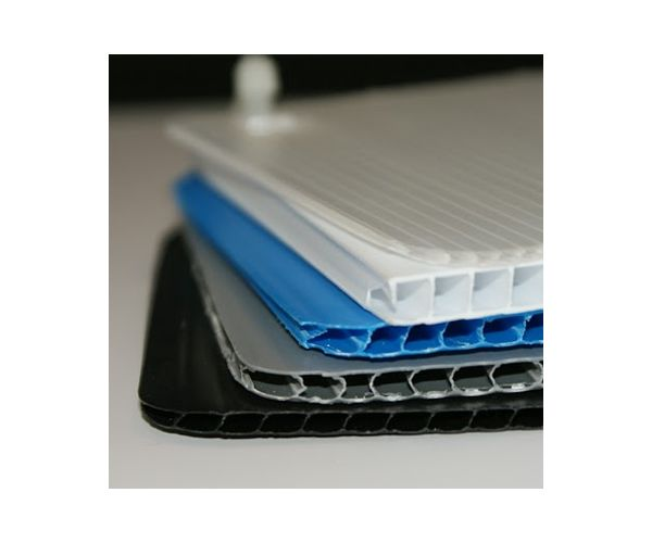 ✅ Lamina de plástico corrugado para impresión calibre 4mm. 700g/m2 flauta  abierta de 122x244cm