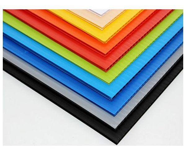 ✅ Lamina de plástico corrugado para impresión calibre de 8 milimetros 1800g/m2 flauta abierta de 115x244cm
