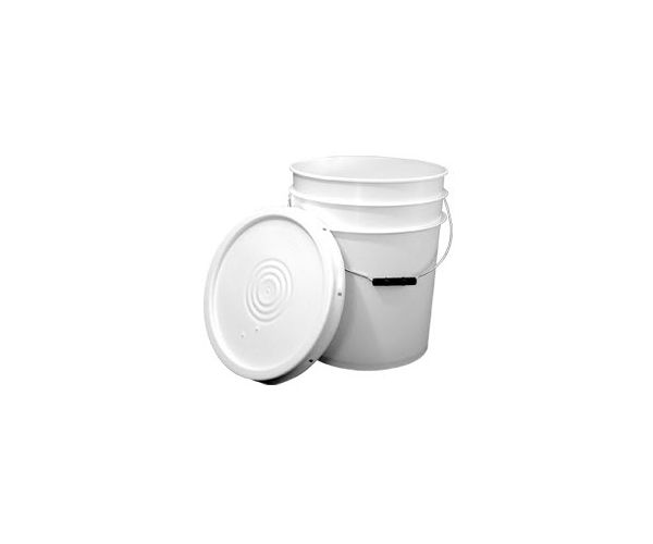 Cubeta de plástico 19 litros lavada con tapa lisa