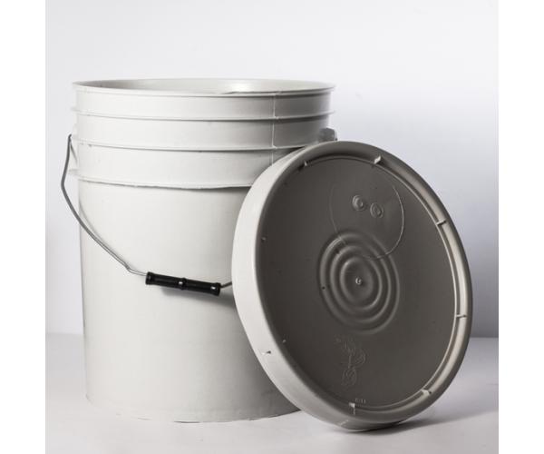 ✅ Cubeta de plástico 19 litros blanco ostion con tapa lisa (reciclada)