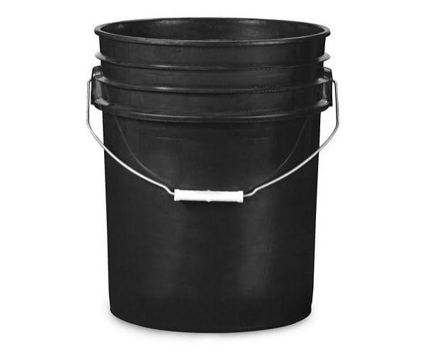 Cubeta de plástico 19 litros negro con tapa lisa (reciclada)