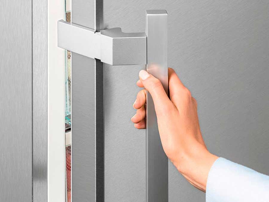 Pintu Kulkas Tidak Mau Rapat