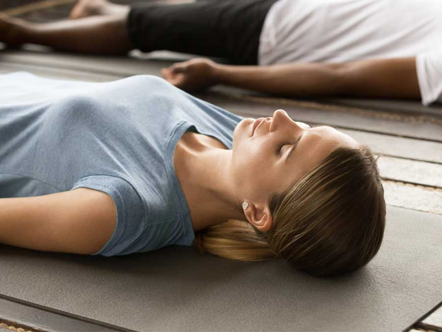 Atasi Nyeri Haid Dengan Yoga
