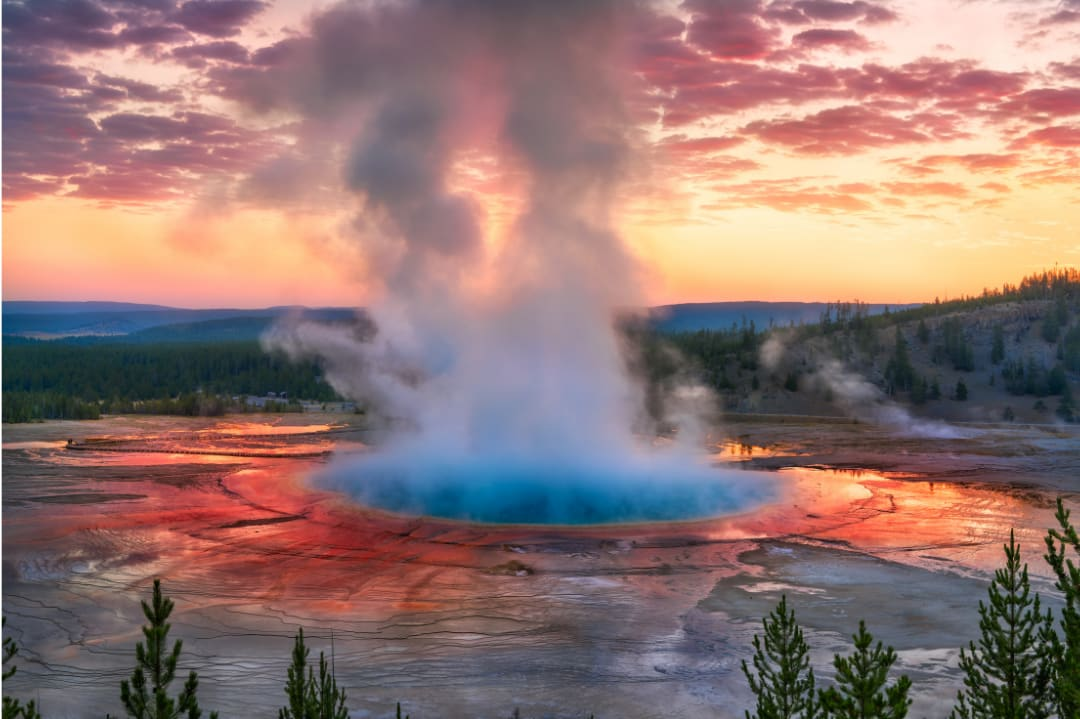 Tips and Plans for a Weekend at Yellowstone National Park