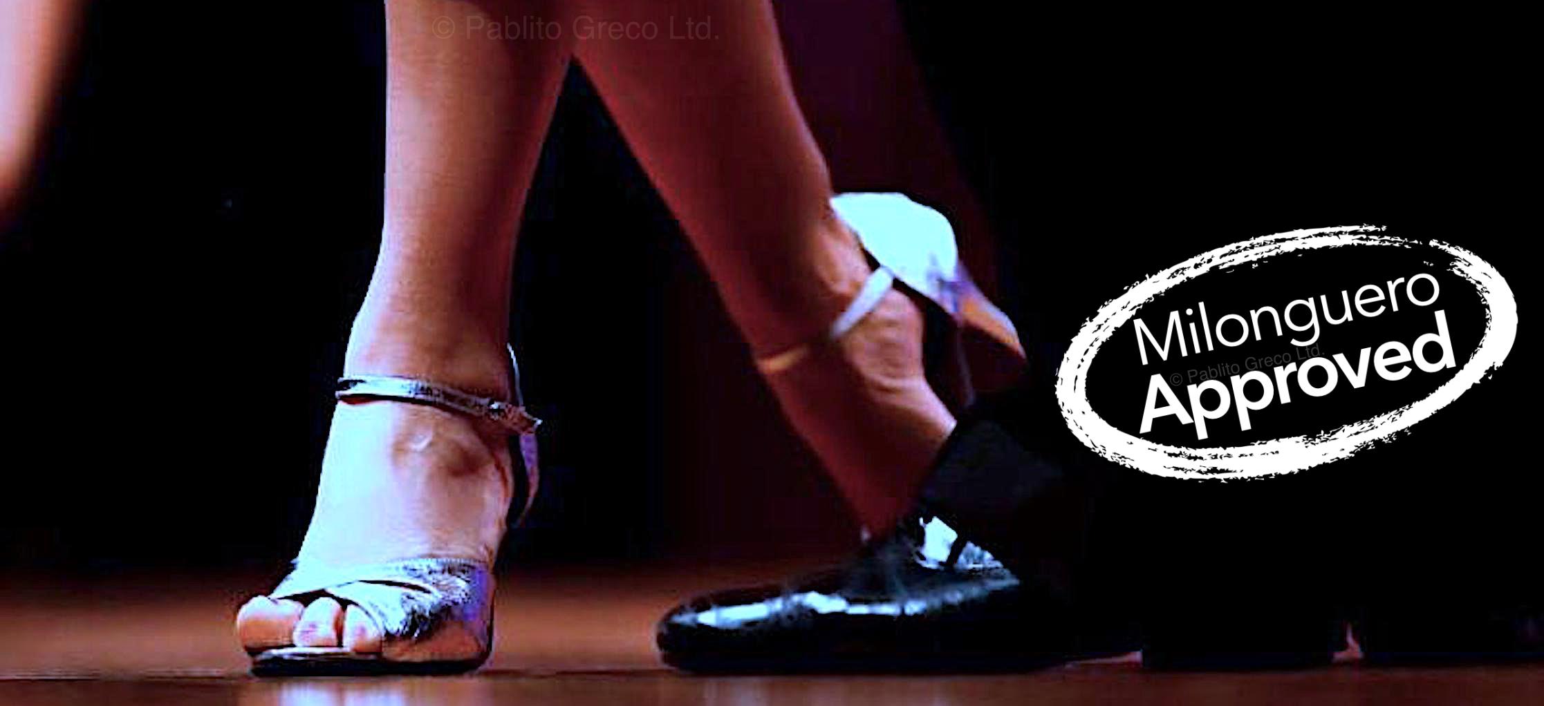 Dancing tango in Summer Tango Experience