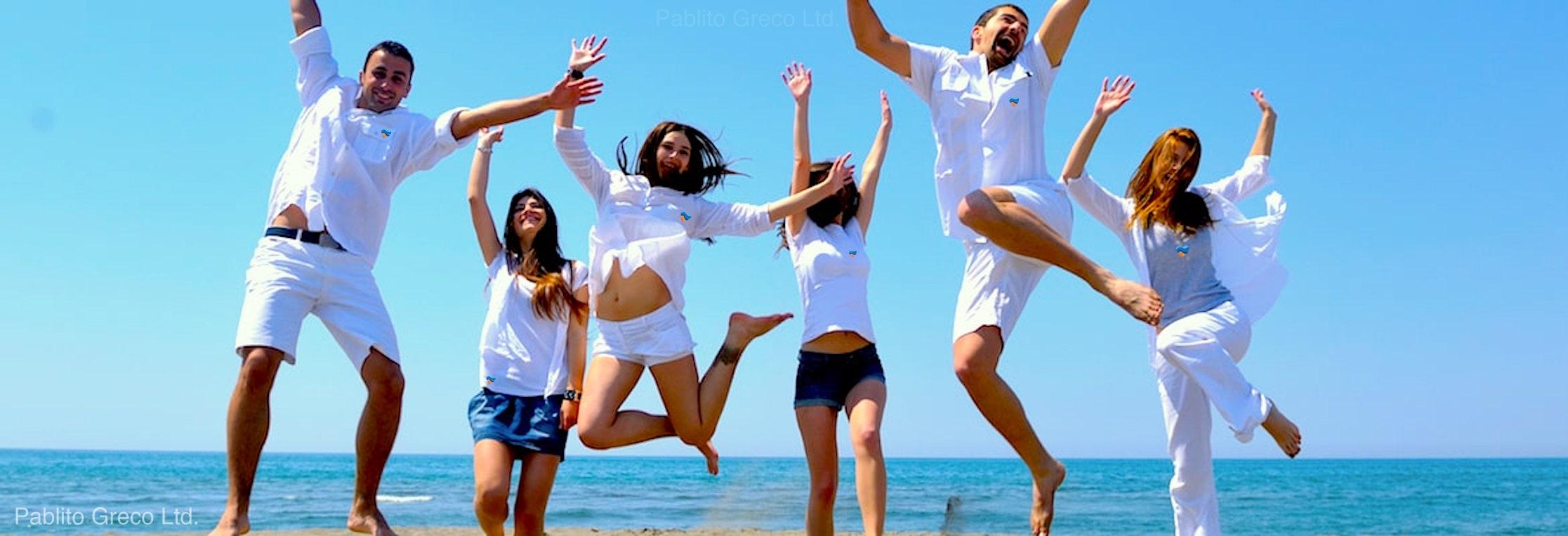Summer Tango Experience participants on Halkidiki beach