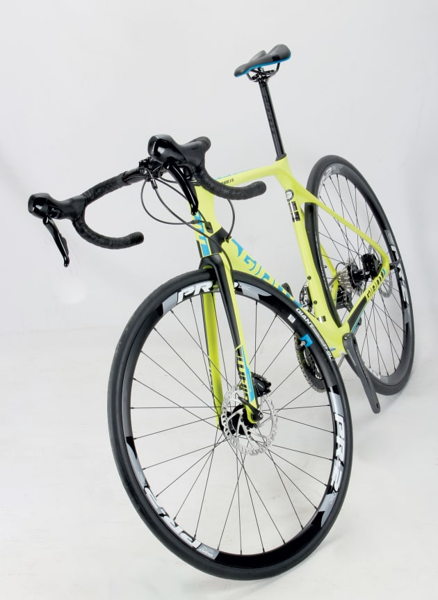 Giant TCR Advanced 1 Disc - Bicycling Australia