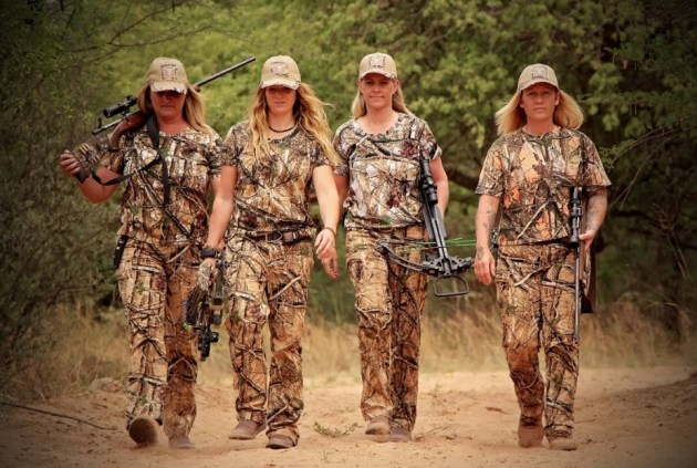 Wearing suitable camouflage clothing is just one element of conducting a successful stalk.