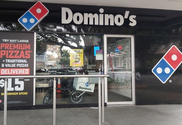 Backing Aussie print: Domino's