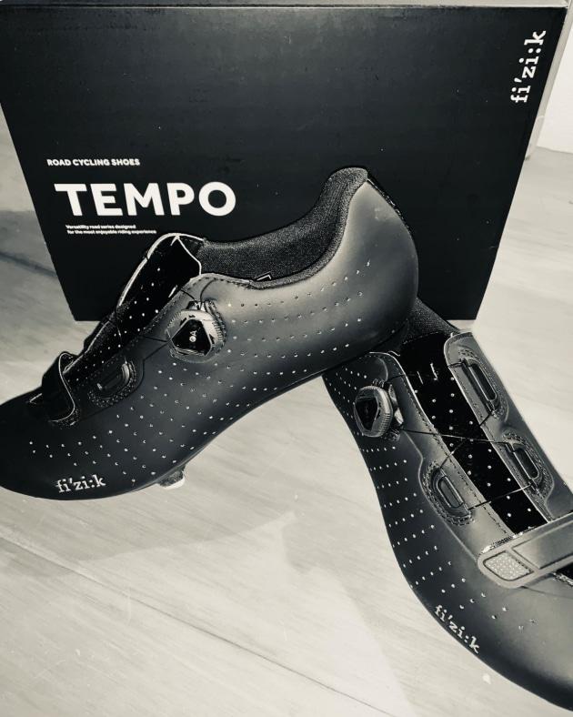 Black Fizik R5 Tempo Overcurve Road Cycling Shoes