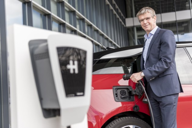 Winner: Stefan Plenz, Heidelberg board member uses the company's award-winning Eco Wallbox to charge his car