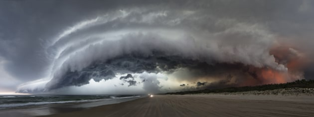 © Murray Fredericks. North Stradbroke 2015. Image courtesy of Arc One Gallery.