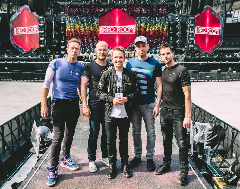 Nova Red Room Global Tour Smallzy with Coldplay