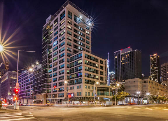 Resort-Style Apartment Community at Renaissance Tower, 501 W. Olympic Boulevard, Los Angeles