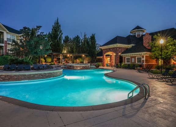 On-Site Management at Windsor at Meadow Hills, Aurora, Colorado
