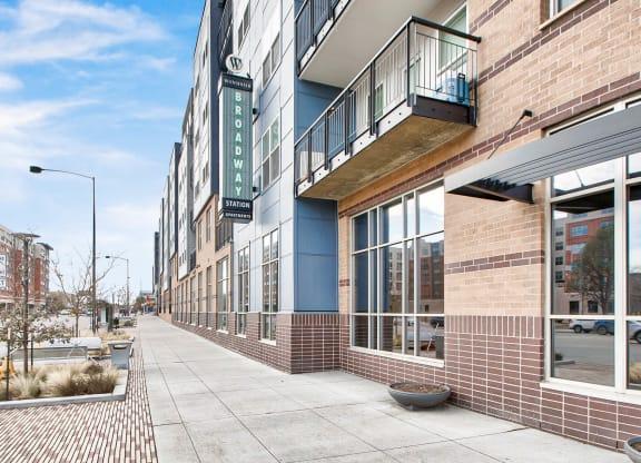 Large Leasing Office Open 7 Days a Week at Windsor at Broadway Station, Denver, Colorado