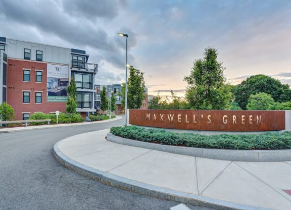 Luxury Apartment Homes Available at Windsor at Maxwells Green, 1 Maxwells Green, Somerville