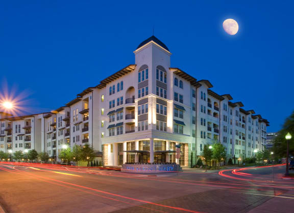 Luxury Apartment Homes Available at The Monterey by Windsor, 3930 McKinney Avenue, Dallas