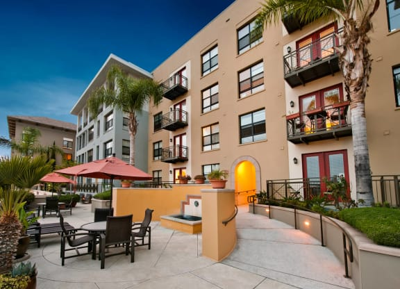 Ample Sitting In Outdoor Lounge at Terraces at Paseo Colorado, Pasadena, 91101