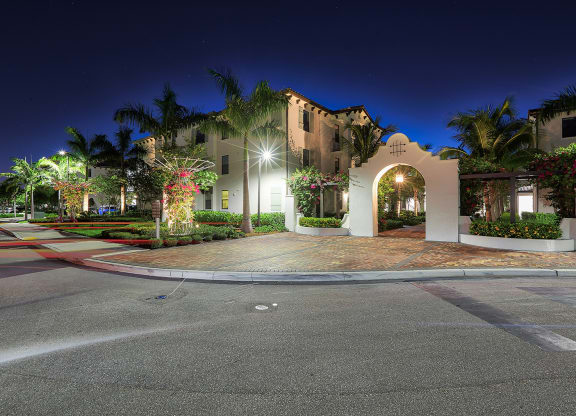 Enjoy excellent views from our luxury apartments in Delray Beach at Windsor at Delray Beach, Delray Beach, FL 33483