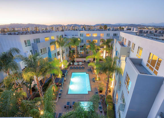 5550 Wilshire at Miracle Mile by Windsor, a boutique living experience in the heart of LA 90036